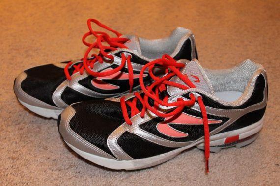 Newton Motion Shoe Side