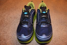 Hoka One One Conquest Front