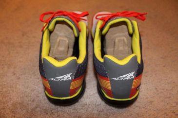 Altra Impulse Back