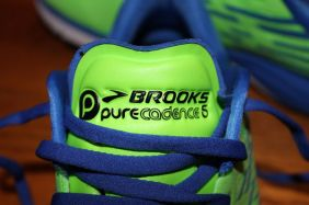 Brooks Purecadence 5 tongue
