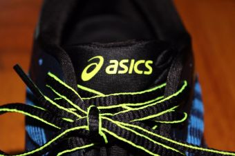 Asics DynaFlyte tongue