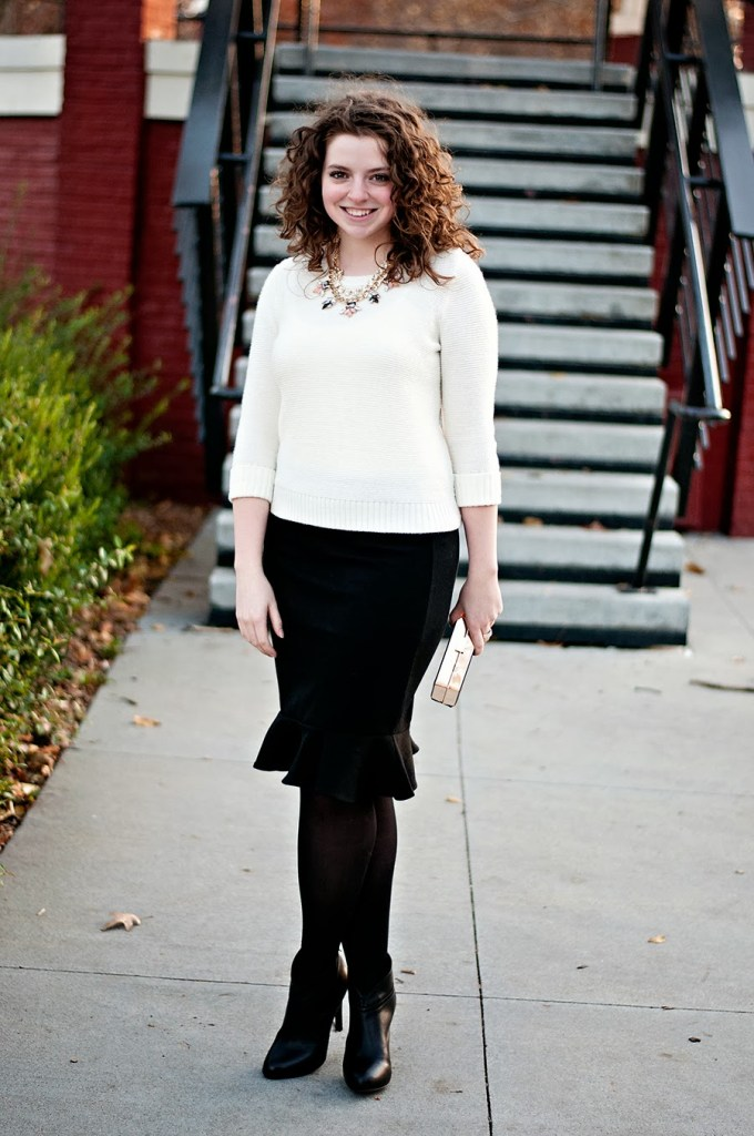 Black and white outfit with flare skirt