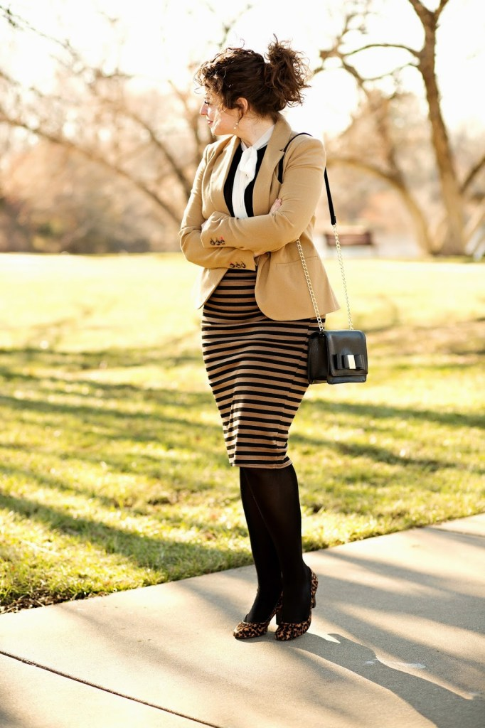 Tan and Black Professional Outfit // theadoredlife.com