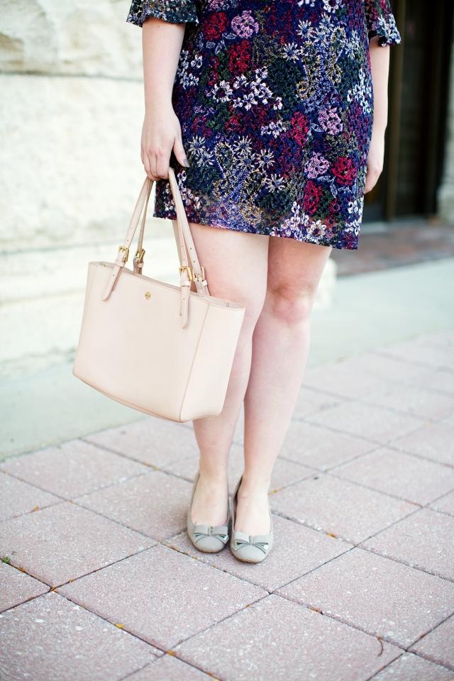 floral-shift-dress-blue_640x960