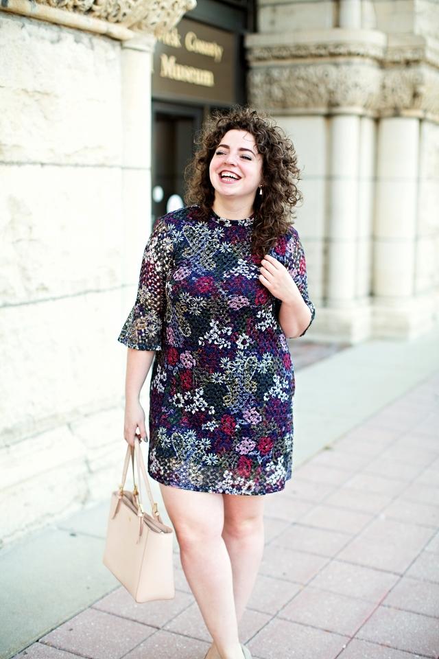 floral-shift-dress-fall_640x960