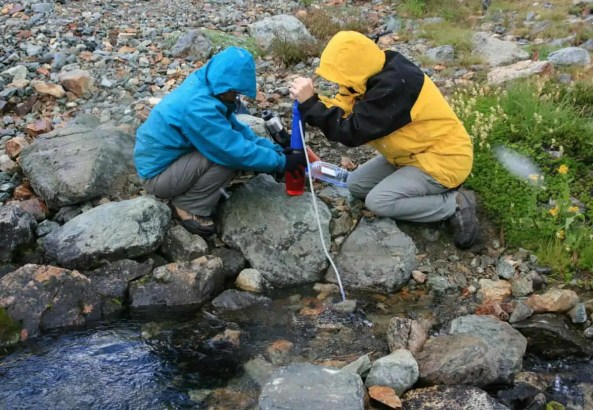 what backpacking water filter to bring for hiking