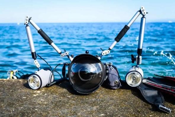 best camera lights for underwater