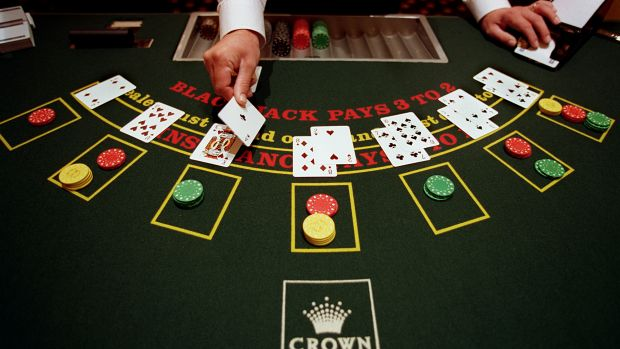 A feud over weekend pay for 5500 Crown gaming and hospitality workers is ready to erupt.