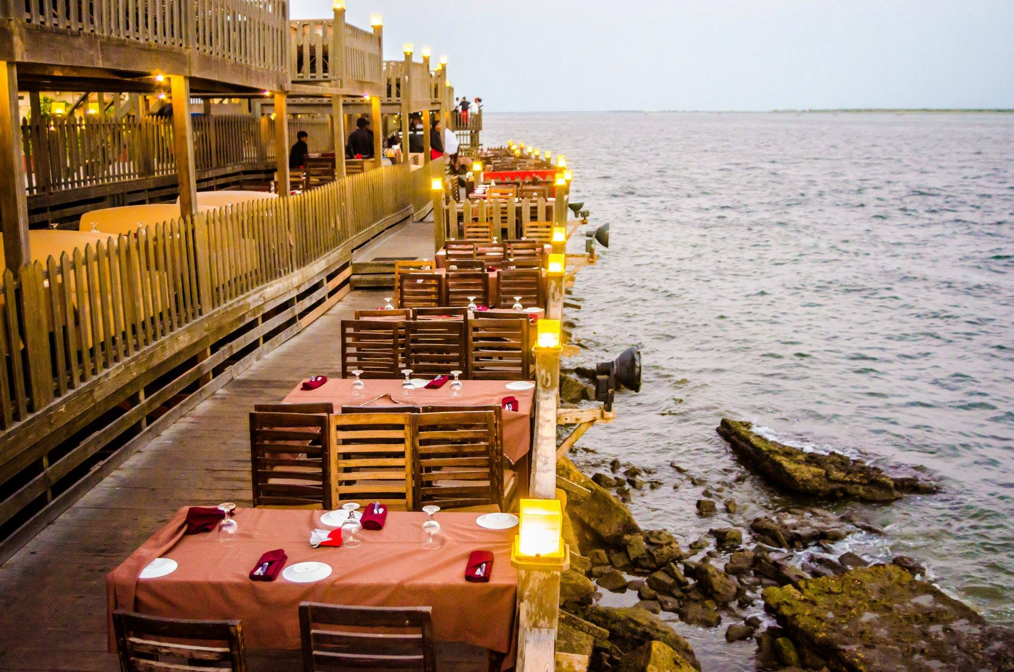 Restaurant Do Darya Karachi