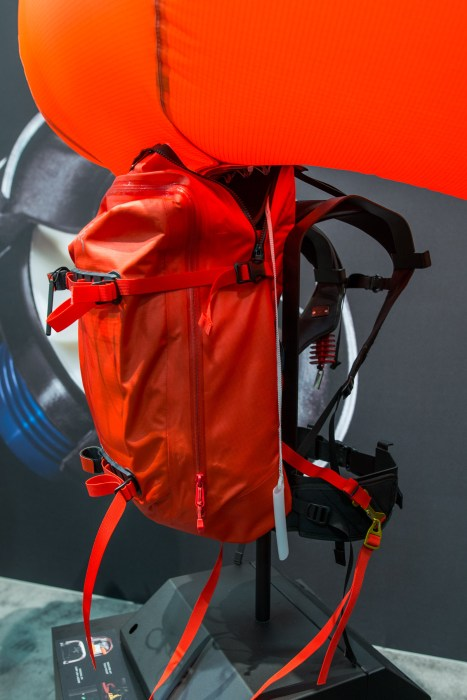 Arcteryx_Voltair_Airbag_Pack-3