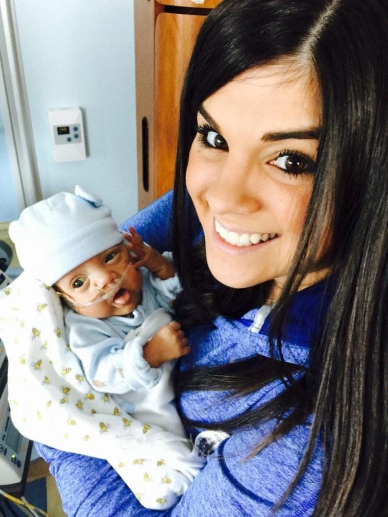 NICU Tips, NICU baby tips, NICU mom tips, NICU Story, 20 tips for NICU moms