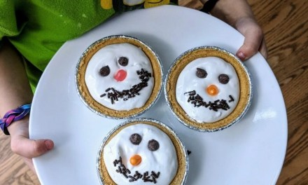 Easiest Holiday Dessert Your Preschooler Can Make!