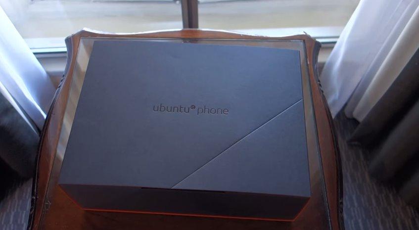 Ubuntu Phone Box