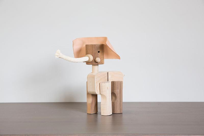 elephant-toy-www.theamimalprintshop.com
