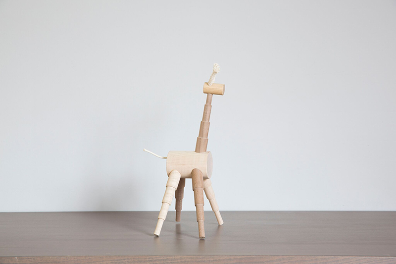 giraffe-wood-toy
