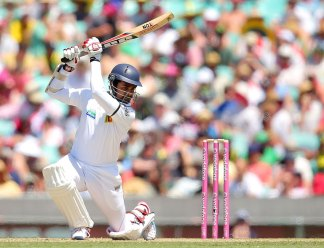 Lahiru Thirimanne drives during his innings of 91