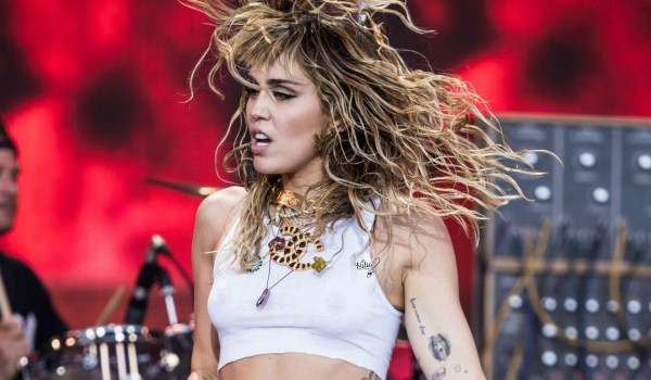 Miley Cyrus arbeitet an einem Metallica Coveralbum