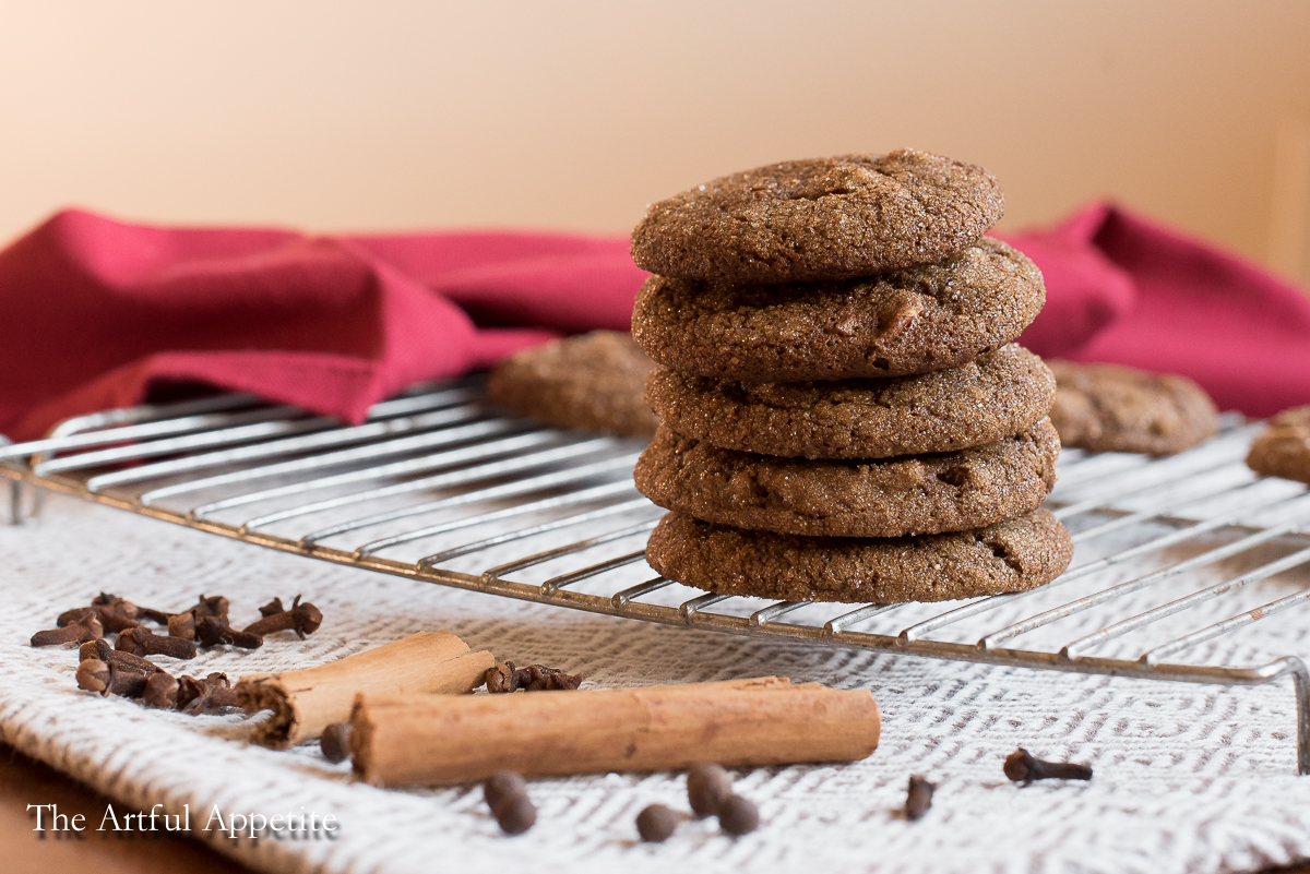 These Chewy Vegan Molasses Spice Cookies are perfect for Christmas (or any time of the year!)