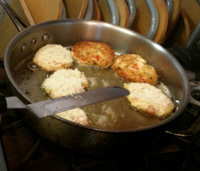 Frying Crabcakes