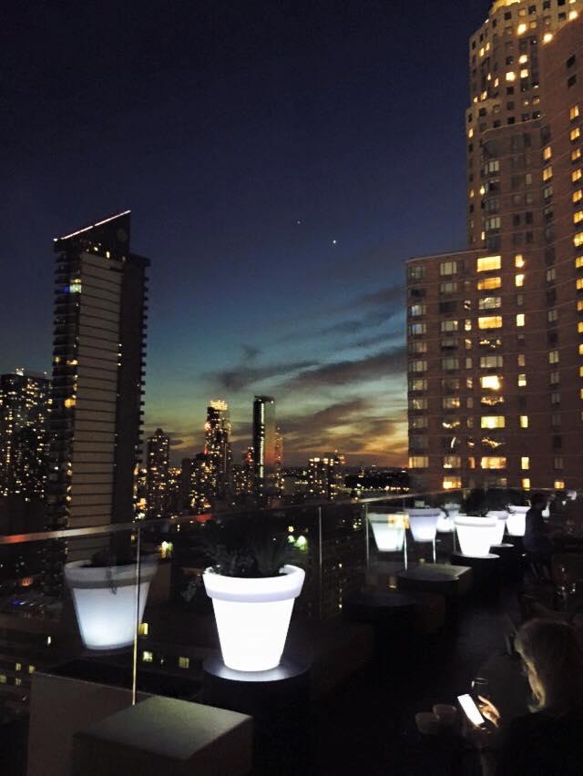 CitizenM rooftop CloudBar