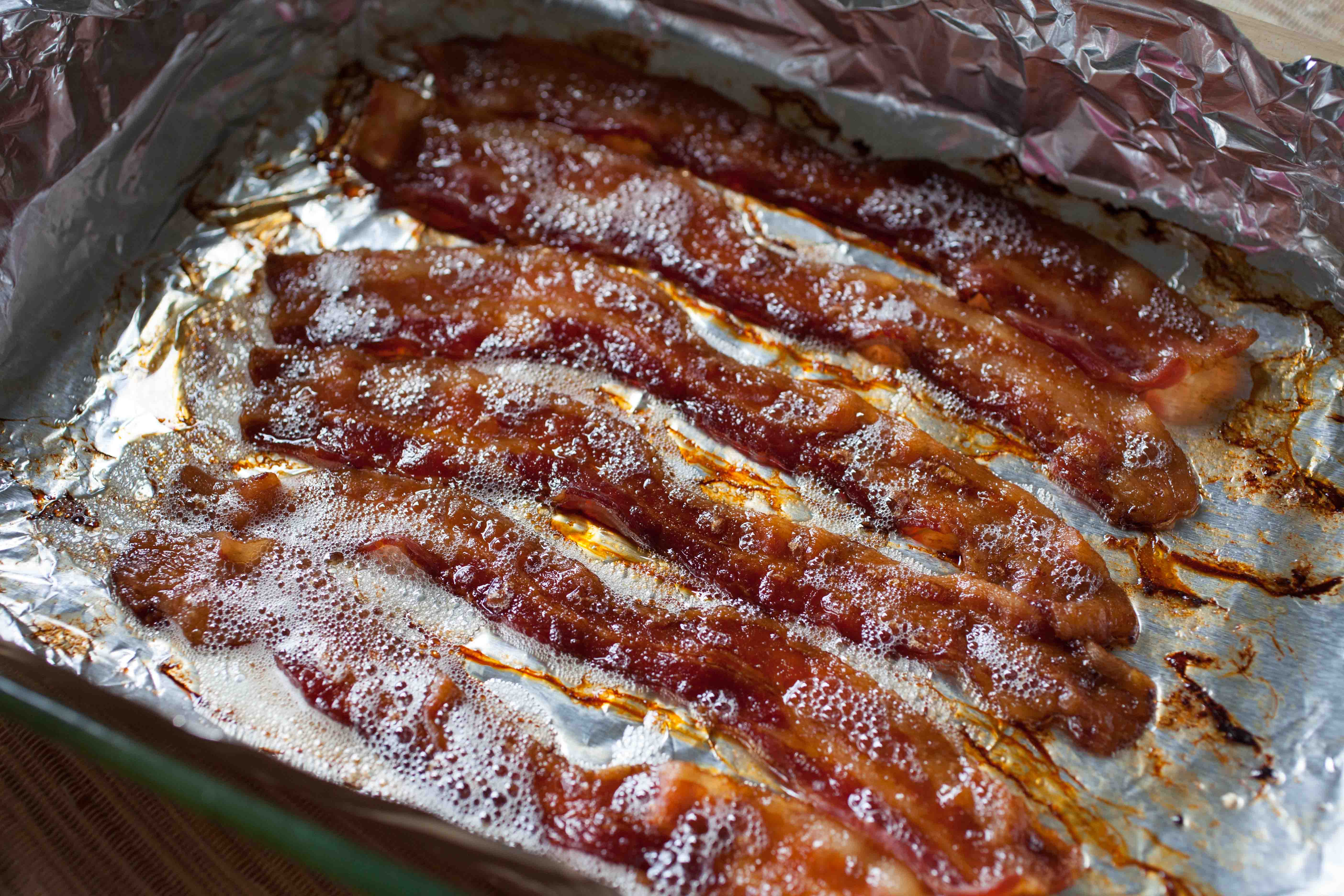 how to keep cooked bacon crispy