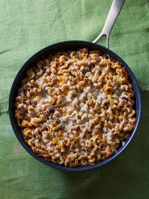 Cheesy Skillet Beef Goulash