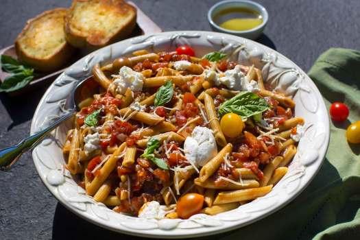 Balsamic Tomato Pasta