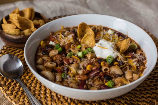 One Pot Chili Mac Soup