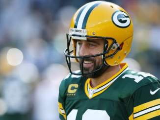 Aaron Rodgers Holds 'Retirement Card' With Packers, Says Insider