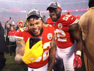 Chiefs' Tyrann Mathieu Wants Adrian Peterson to 'Come to KC'