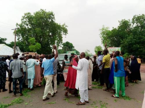 Drama As Angry Workers Block Nasarawa Deputy Governor's Convoy Over Unpaid Salaries