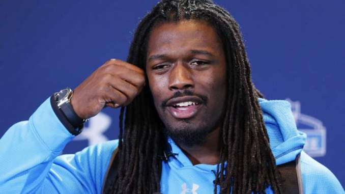 Jadeveon Clowney Makes Bold Prediction on Future With Browns