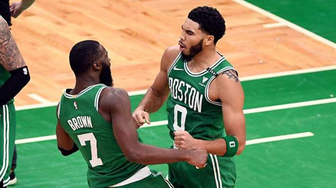 Jayson Tatum Posts Eye-Opening Picture on Lakers Court