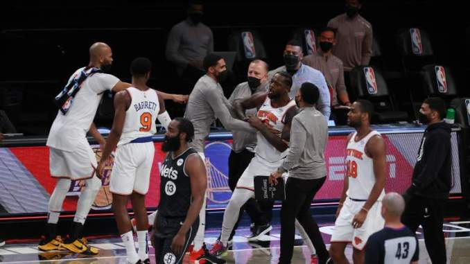 Knicks Fans Declare War on the Nets after Ninth Straight Win