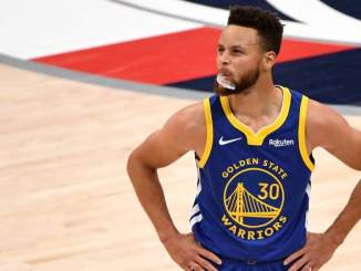 Warriors Steph Curry Reacts to Ending Record-Breaking Scoring Streak