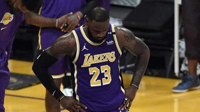 Lakers Star LeBron James Suffers Troubling Setback