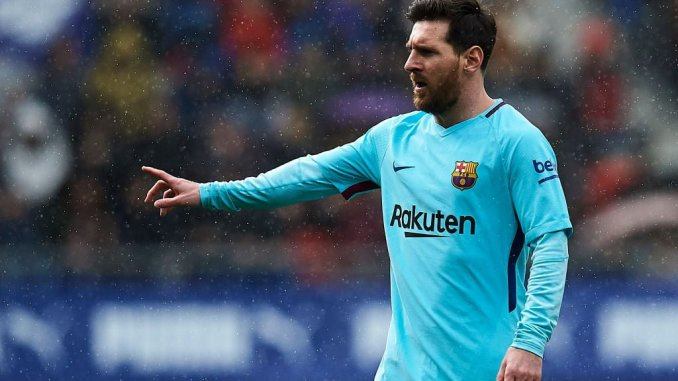 Messi 'offered 10-year Barcelona contract' for half salary
