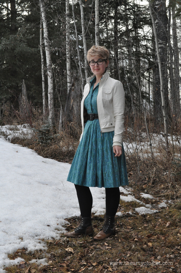 the artyologist- image of spring outfit vintage turquoise 1950's shirtwaist dress