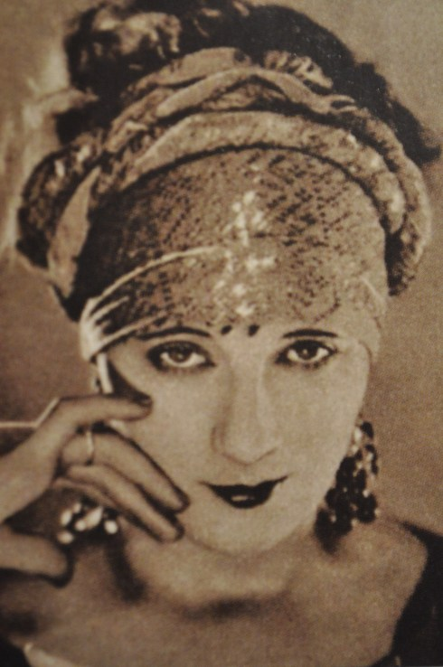 1920's turban
