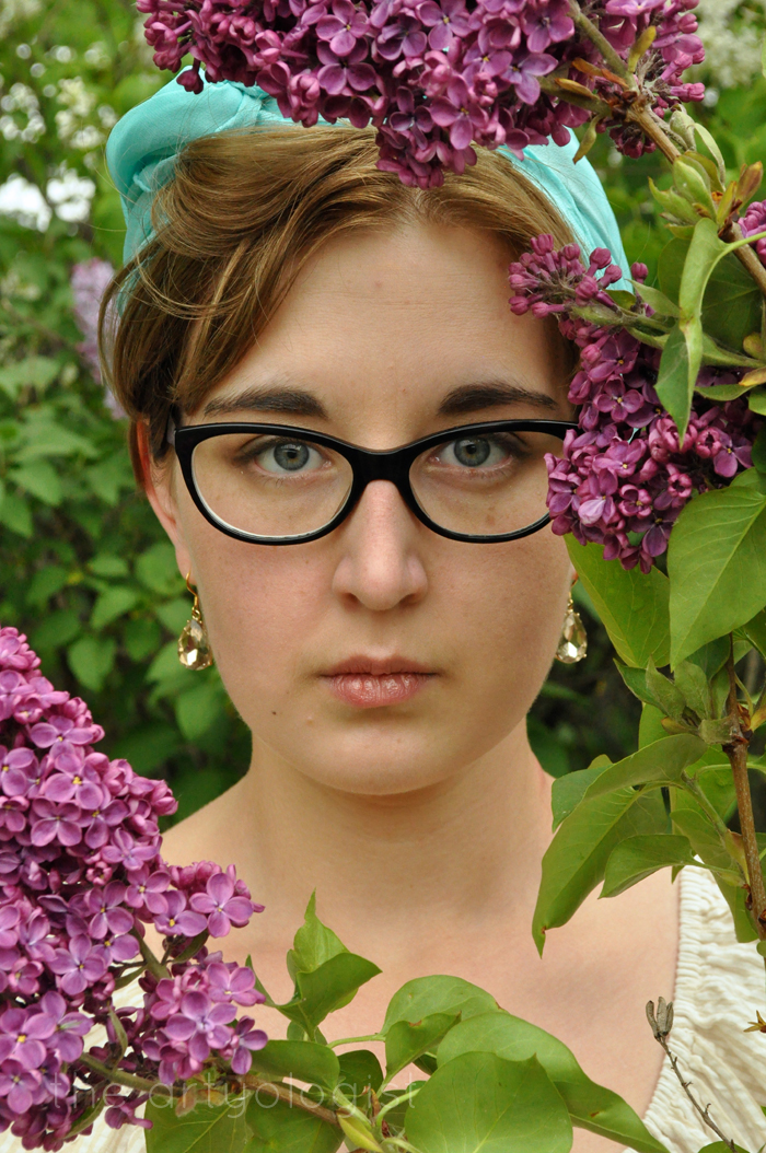 image of lilac blooms portrait the artyologist