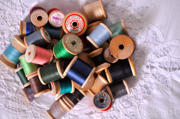pile-of-spools, thrifting treasures, the artyologist