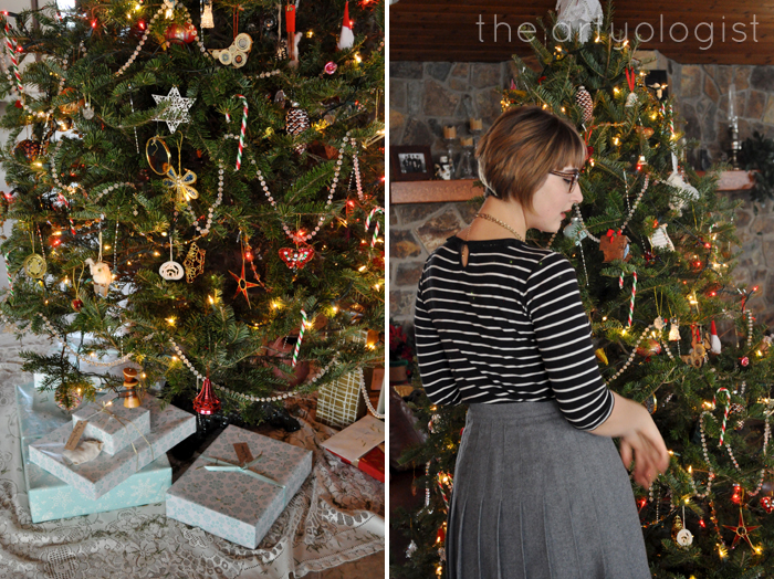 Christmas Day: A Comfy Yet Classy Outfit, the artyologist, in front of tree