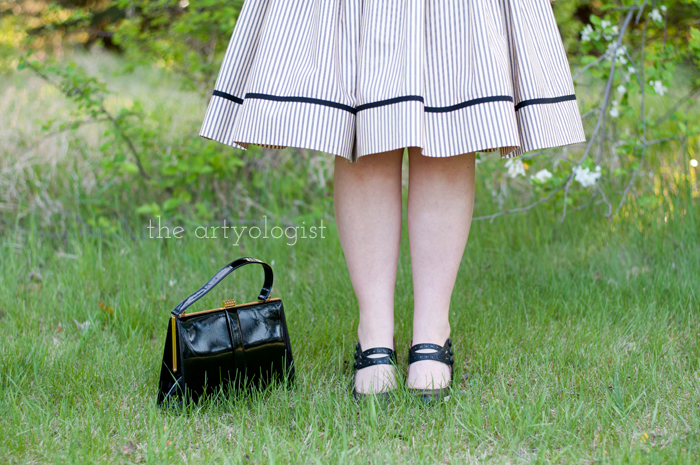 Salvaging a Sewing Project with Vogue 8789, the artyologist, hem-and-purse