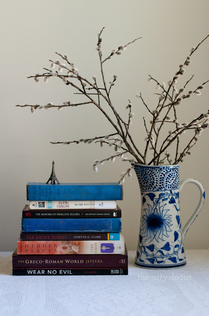 Taking Part in a Book Lover's Tag, the artyologist, feature