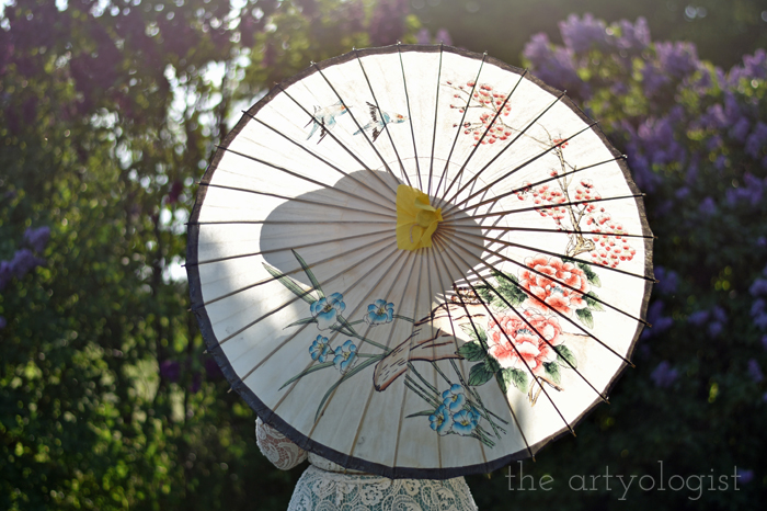 Lilacs and Love letters, the artyologist, parasol-silhouette