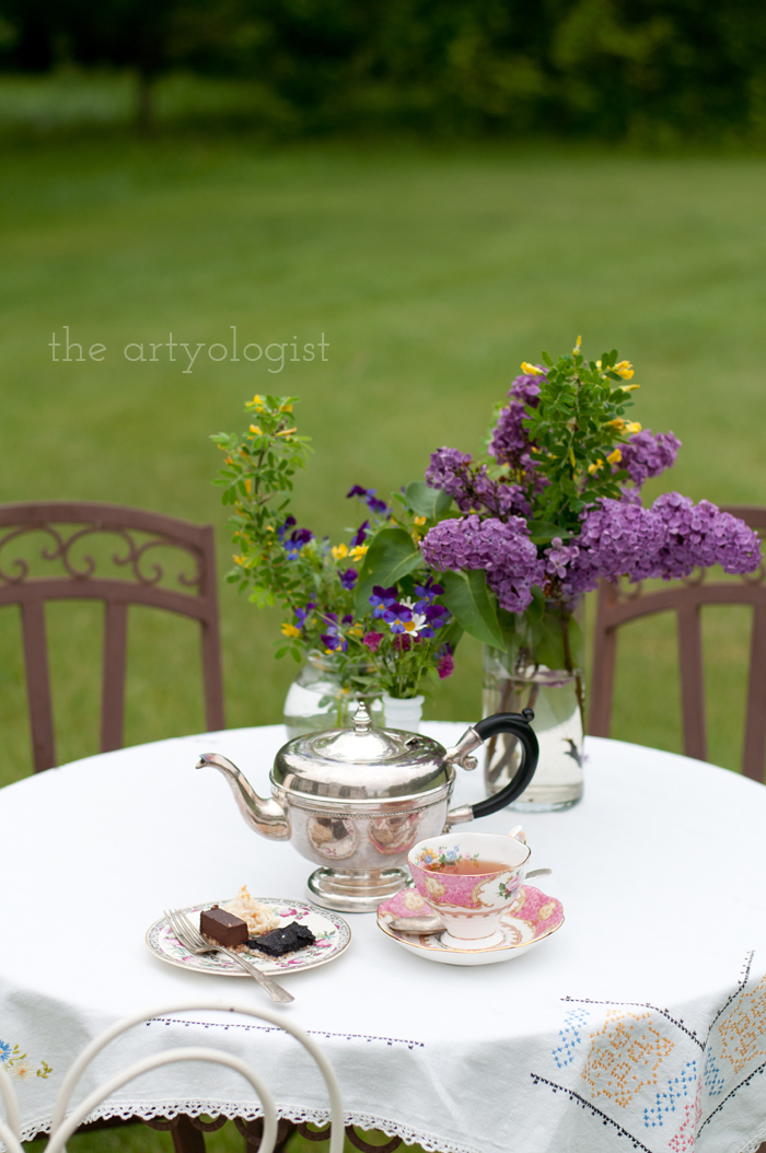 The Ladies Garden Tea (Which is not in a Garden): My Outfit, the artyologist, tea-table-3