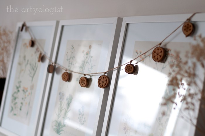 wooden slice christmas garland
