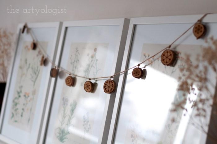 wooden slice christmas garland