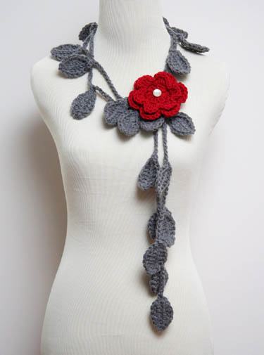 Crocheted Leaf Necklace With Flower Brooch