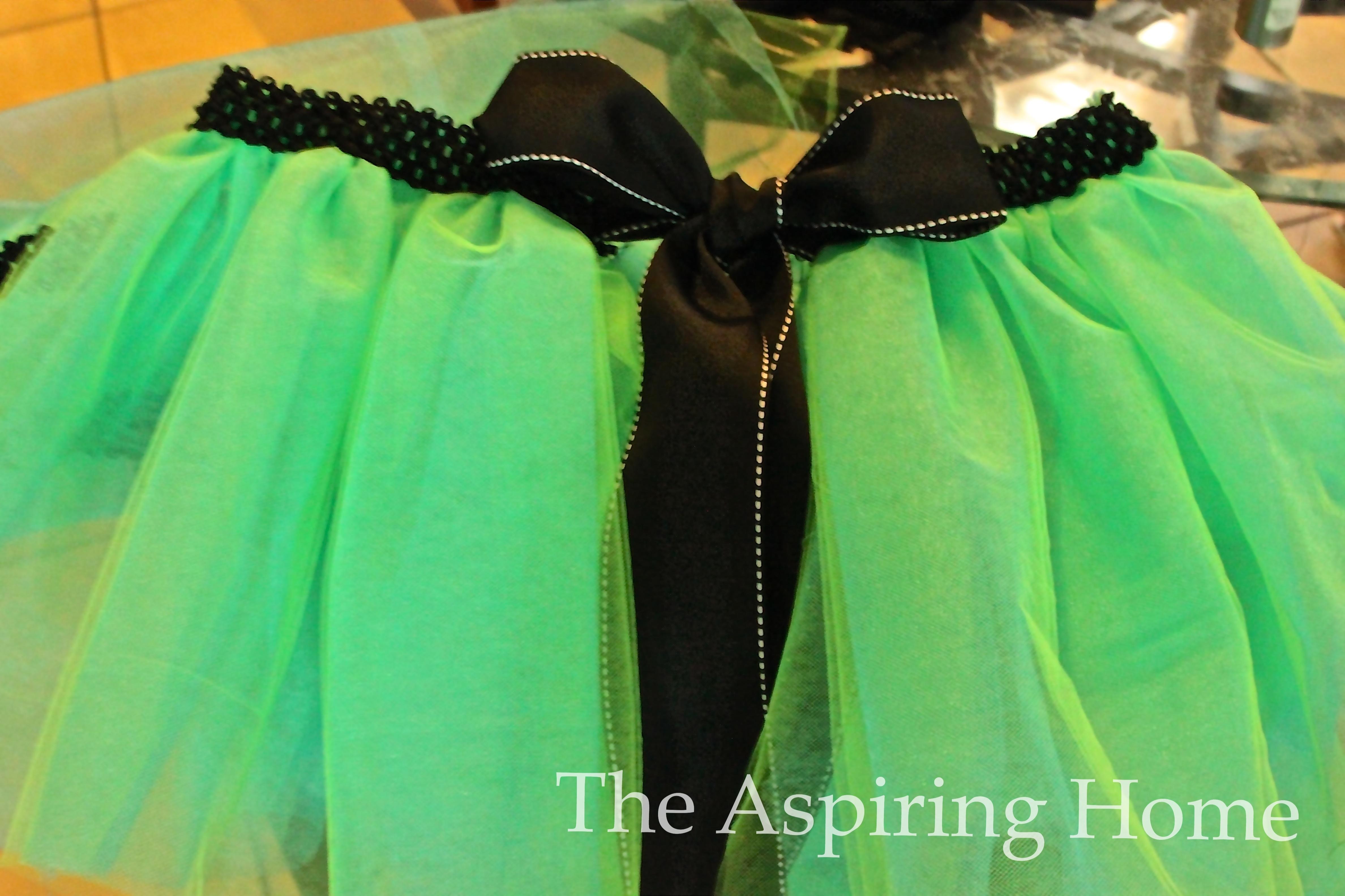 How to make a tutu-www.theaspiringhome.com